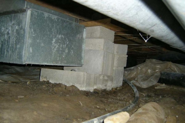 No Footing for Masonry Support Structure found by Barrie Home Inspections