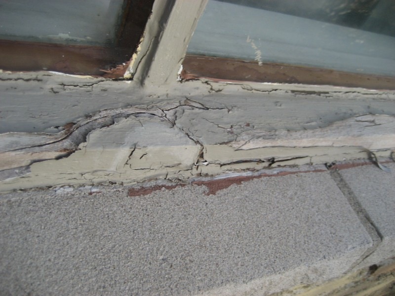 Cracked and Rotted Wood Window found by Barrie Home Inspections