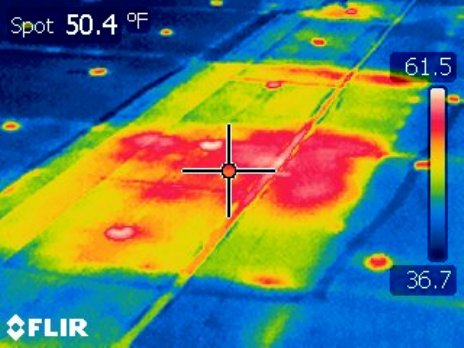Thermal Scan of Flat Roof Shows Water Between Roof Layers found by Barrie Home Inspections